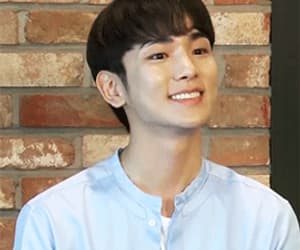 gif, shinee key, and Kim Ki Bum image