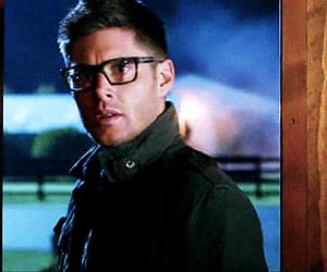 actor, Jensen Ackles, and gif image