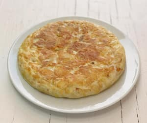 food porn, spain, and tortilla image