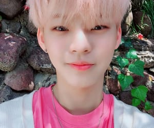 korean, cute, and onf image
