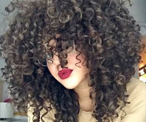 hair, cabello, and chinos image