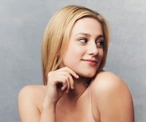 tv show, riverdale, and betty cooper image