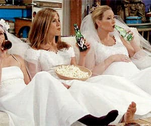 dresses, phoebe buffay, and f.r.i.e.n.d.s image
