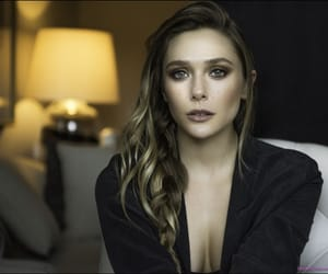 actress, elizabeth olsen, and make up image