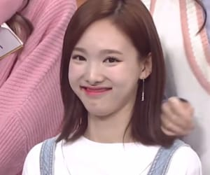 reaction, twice, and nayeon image