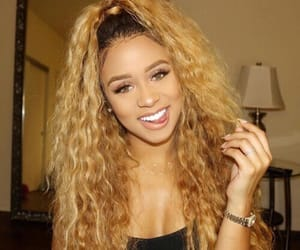 curly hair, hair, and girls image