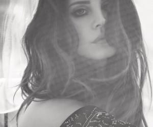 b&w, black and white, and lana del rey image