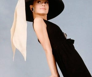 audrey hepburn, Breakfast at Tiffany's, and hollywood image