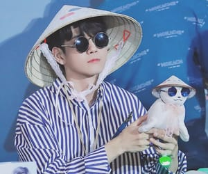 fansign and seongwu image