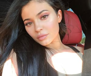 kylie jenner, makeup, and kyliejenner image