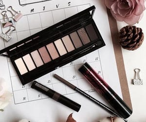 cosmetics, soft colors, and trucco image