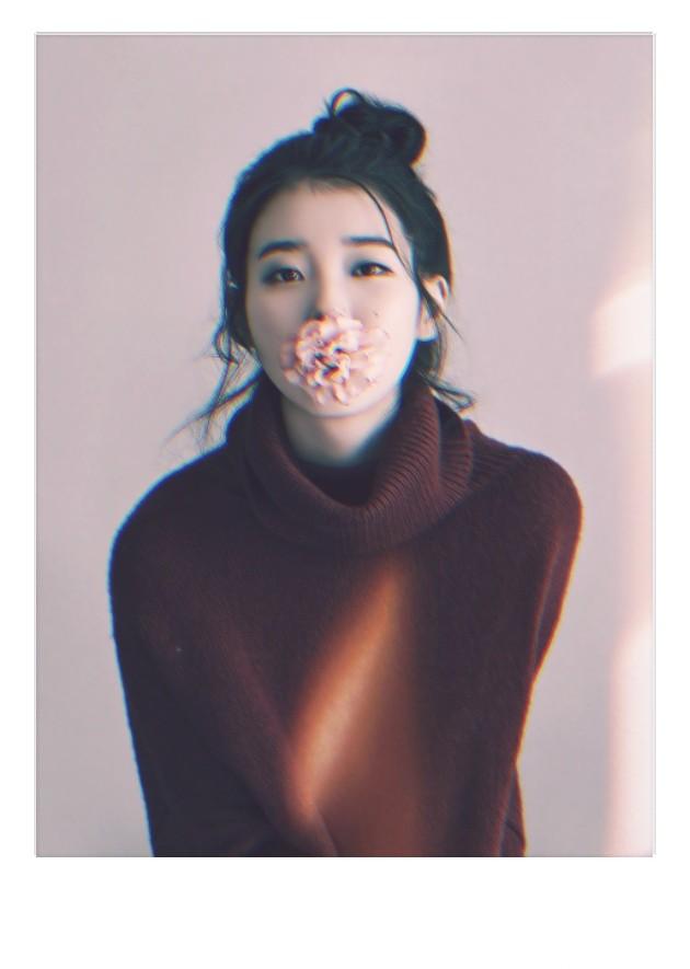 Iu Lee Ji Eun Polaroid Wallpaper On We Heart It