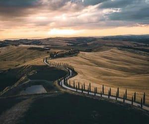 italia and toscana image