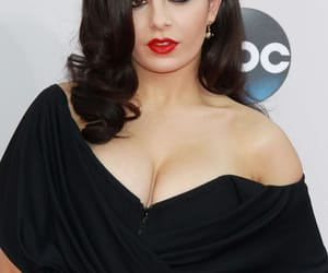 beautiful, brunette, and red carpet image