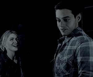 gif, until dawn, and hayden panettiere image