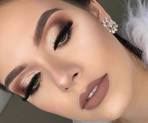 makeup, eyebrows, and lipstick image