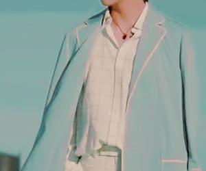 gif, kim taehyung, and kpop image