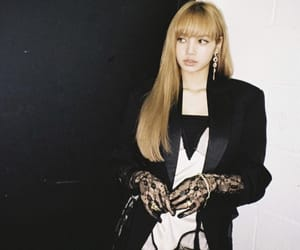 lisa, kpop, and rose image