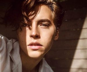 cole sprouse, ривердэйл коул спроус, and riverdale image