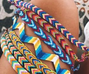 bracelet, hilo, and pulseras image