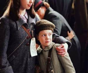 narnia, lucy pevensie, and susan pevensie image