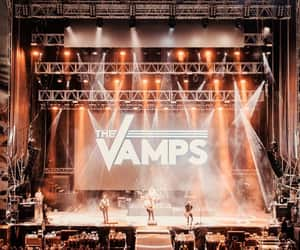 show, the vamps, and tristan evans image