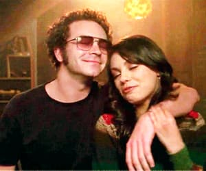 couple, hyde, and tv show image