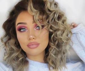 💖, 👑, and makeup queens image