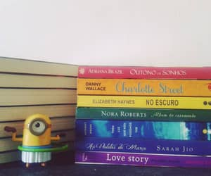 arco iris and livros image