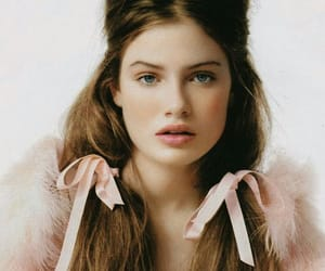 fashion, brunette, and girl image