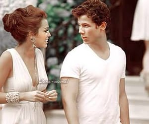 couple, miley cyrus, and nick jonas image