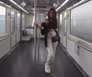 madison beer, girl, and style image