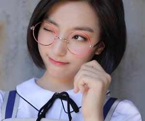 fromis_9, saerom, and lee saerom image