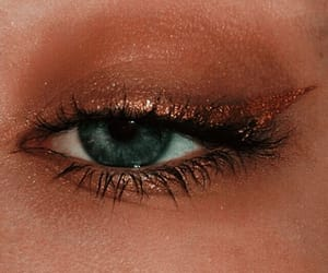 makeup and eyelashes image