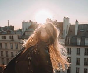 girl, city, and sun image