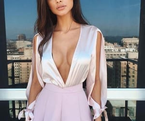 clothes, style, and evening gowns image