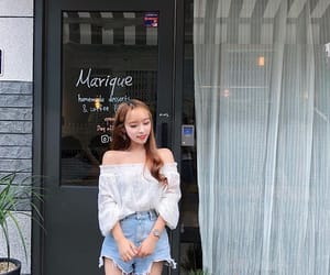 clothes, fashion, and ulzzang girl image