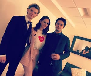 KAYA SCODELARIO and thomas brodie-sangster image