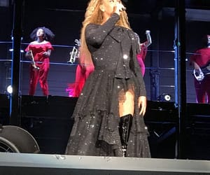 jay, beyonce art, and east rutherford image
