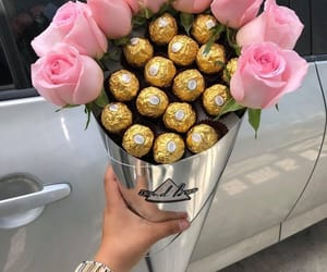 rose and chocolate image