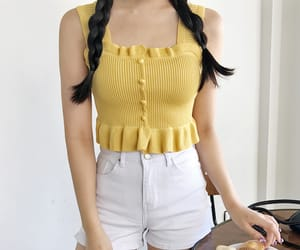 yellow, fashion, and kfashion image
