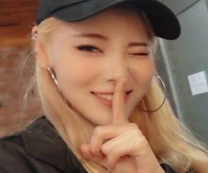 kpop, ًًًًًًًًًًًًloona, and jinsoul image