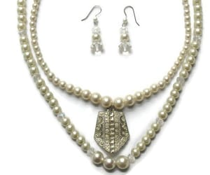 crystal jewelry, crystal necklace, and pearl necklace image