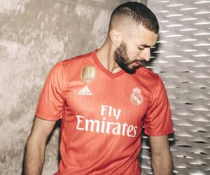 coral, third kit, and real madrid image