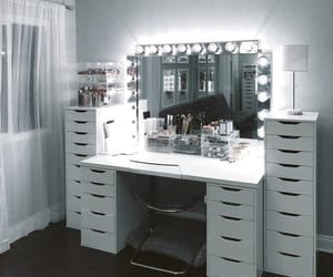 makeup, girly, and interior image
