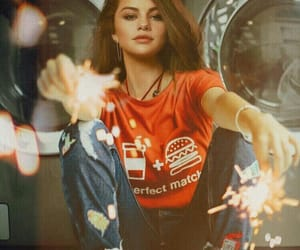 selena gomez, beauty, and red image