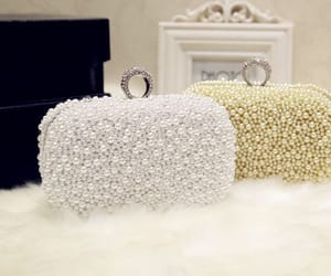 2018, beading pearl, and white clutch bags image