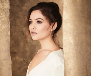 actress, model, and danielle campbell image