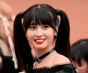 fake, momo, and twice image