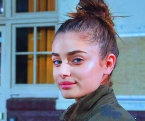 celeb, style, and taylor hill image